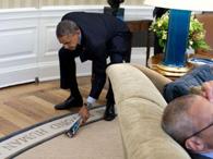 白宫年度照片:奥巴马打苍蝇
