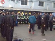 浙江台州一停车棚火灾致8人死亡