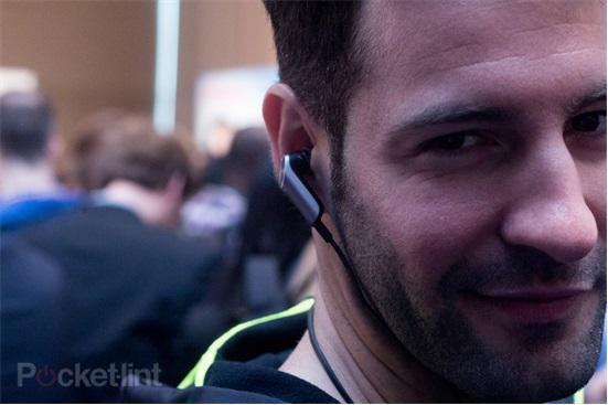 华为TalkBand N1上手 功能再多点吸引力更大