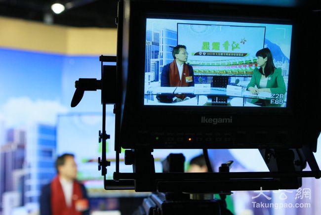 3月7日,全国人大代表、香港民建联副主席、香港新界社团联会理事长陈勇接受大公网专访。大公网 张文杰摄