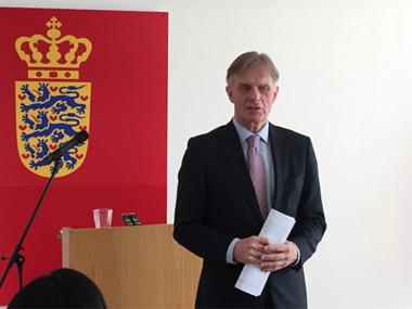 丹麦大使解读李克强报告:中国雄心勃勃方向正确
