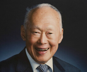 中共4常委电唁李光耀去世 超规格显重视
