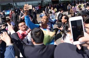 中國呼喚更多馬布裏式城市英雄