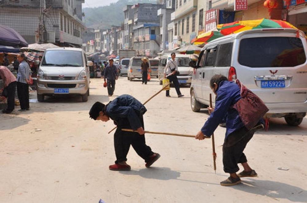两心一竿串 全镇满街羡 - wangxiaochun1942 - 不争春