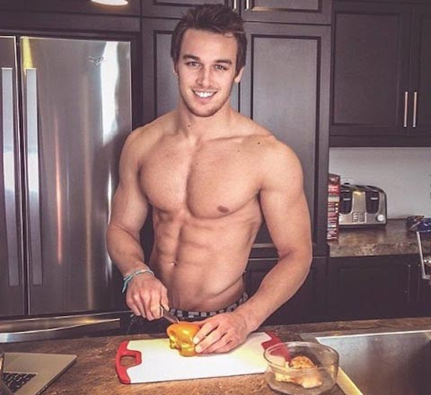 Hot Guys Cooking:會下廚的男人很加分!