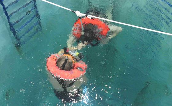 中国拥有亚洲唯一一所潜艇专业学校 已培训7万人