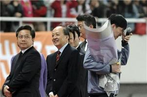 刘翔退役仪式除了眼泪都是假的