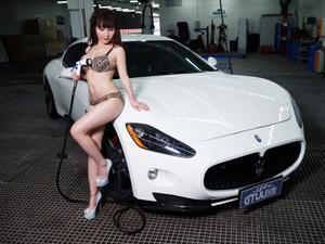 """小萝莉苏可可玩转火辣性感""""洗车诱惑"""""""