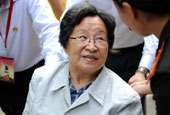 毛泽东之女李讷再回延安 忆童年峥嵘岁月