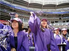 纽约大学华裔留学生:毕业后不愁就业