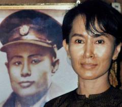 諾巴利獎得主 反軍隊獨裁的領袖