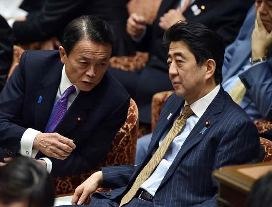 日媒:安倍與麻生對中國一個白臉一個紅臉?