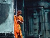 深入骨髓的柬埔寨信仰:一座座佛塔陪他们熬过苦难