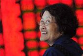 沪指逆势大涨5.76% 股民喜笑颜开