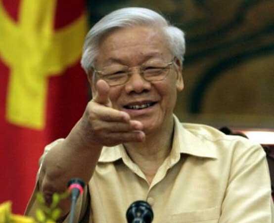 越共總書記歷史性會晤奧巴馬 千名越南人門外抗議