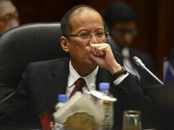 外媒:阿基诺海牙法庭搏出位 仲裁南海要价美国