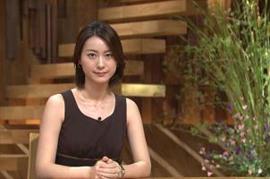 日本女体育主播被要求穿同色系内衣