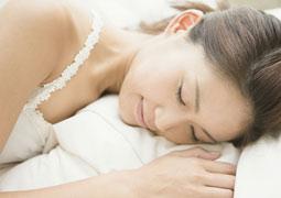 睡覺時枕邊有一物讓人短命10年