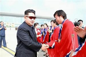 叕哭!朝鲜女足见到金正恩泪流满面