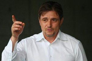 富力宣布斯托伊科维奇任新帅 将签约至2017年