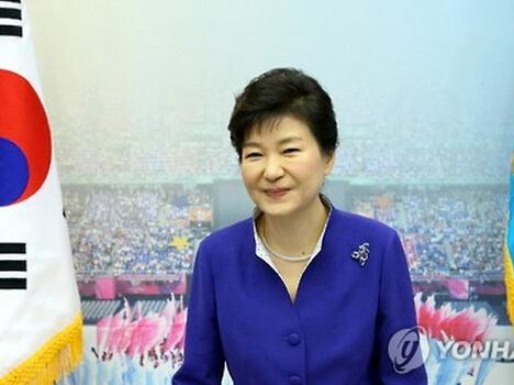 朴槿惠終於決定觀禮北京閲兵 考慮時間長達一週