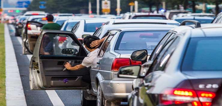 专车快车加剧城市拥堵? 乘客从感情上难以接受