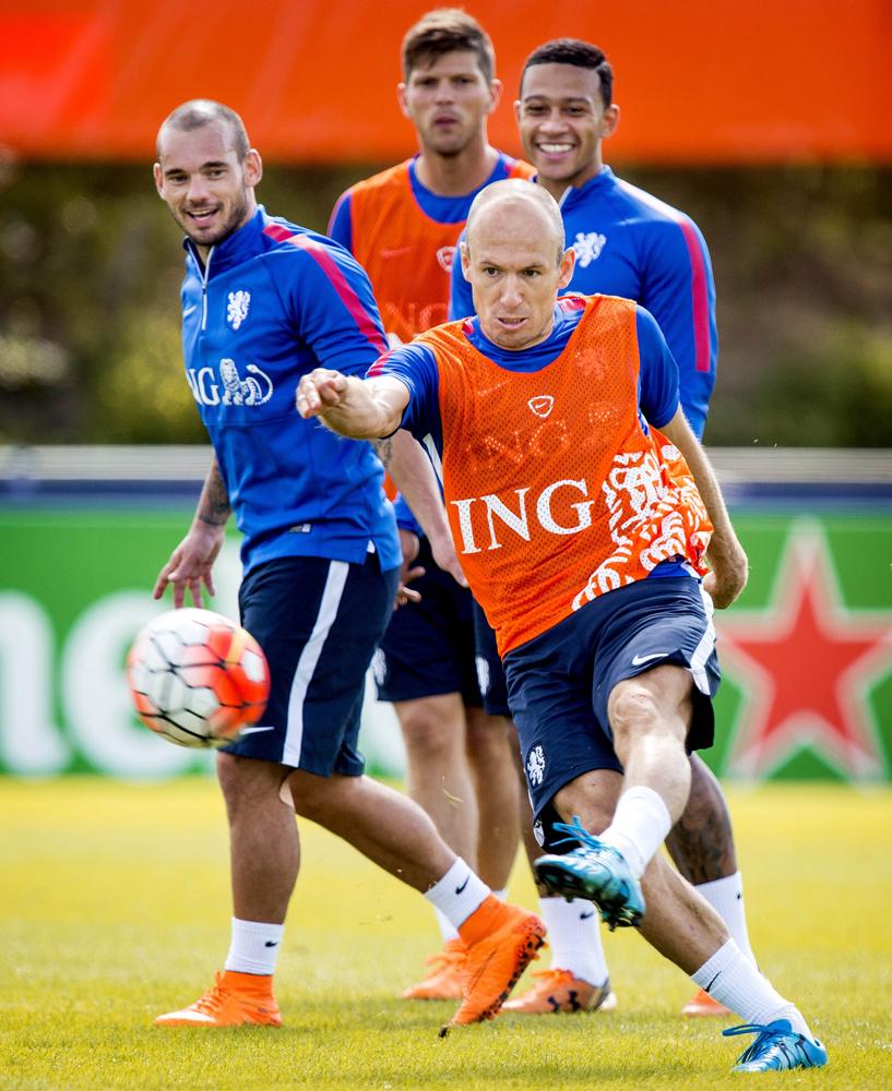 冰岛足球队回国