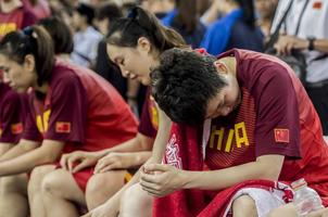 输35分,女篮在主场被日本队屠杀