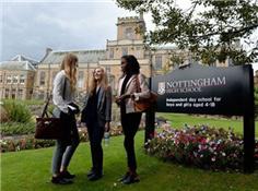 英國諾丁漢中學突破500年慣例 首招女學生