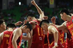 男篮49分大胜新加坡