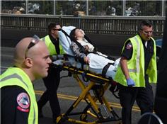西雅图一校车发生车祸 伤者多为中国学生