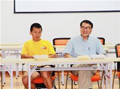 哈佛最年轻华人教授谈教育:希望女儿多学数学