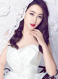 马苏婚纱唯美大片曝光 演绎温婉梦幻新娘