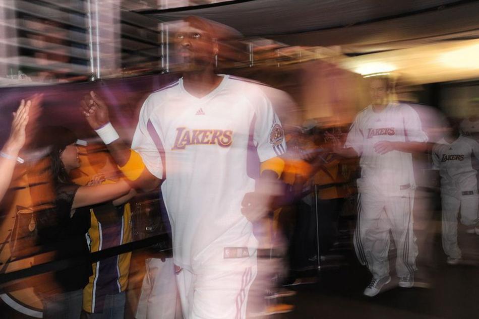 從紫金王朝到煙花柳巷 奧多姆揮霍籃球人生