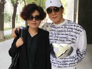 哈文李詠摟肩上課秀恩愛 老師調侃擾亂課堂秩序(圖)