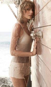 小天后泰勒海边湿身登封面 衬衫滑落性感诱人