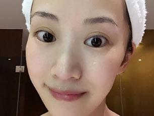 哭戲拍太多李念收工衝熱水澡 浴室自拍被贊皮膚好(圖)