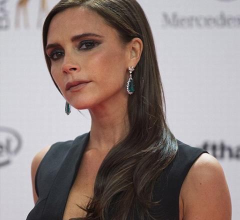 貝嫂提名英國時尚大獎 有望成2015年最牛設計師