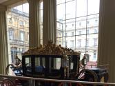 提前曝光!習近平夫婦與伊麗莎白女王同乘金馬車