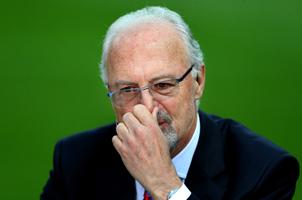 """晚节不保?FIFA将调查""""足球皇帝""""贝肯鲍尔"""