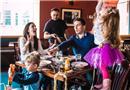 國外攝影師鏡頭下的真實家庭生活!