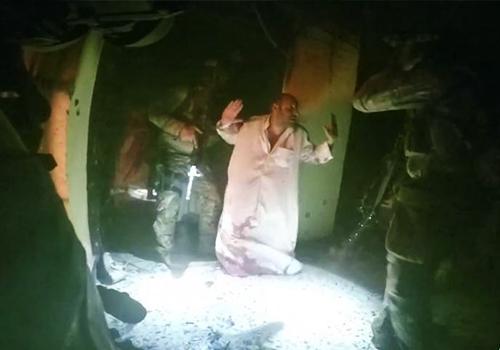 美军突袭IS监狱解救70名人质