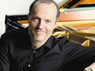 德国创意钢琴家尤雅来华巡演 讲《关于钢琴最好的事》