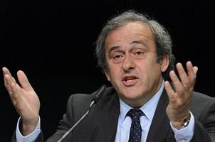 在普拉蒂尼眼里,他就是FIFA主席的最佳人选