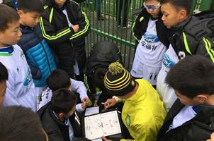 北京国安未来之星选拔赛开幕 500余名中小学生参赛