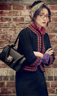 韓國演員李英愛拍寫真 優雅造型展成熟女人味