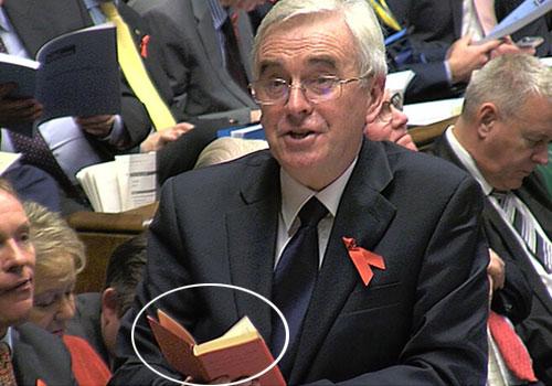 英國政客議會上讀毛主席語錄教訓同僚