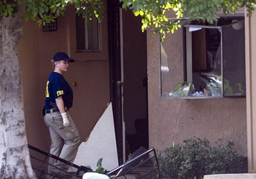 美国南加州枪击事件 嫌犯有数千发子弹和十几个炸弹