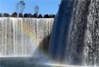 中國最大人工瀑布亮相昆明
