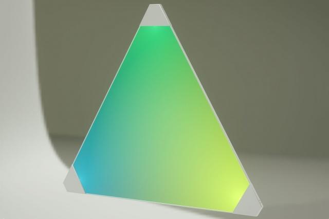 Nanoleaf发布模块化照明系统 灯泡变三角形